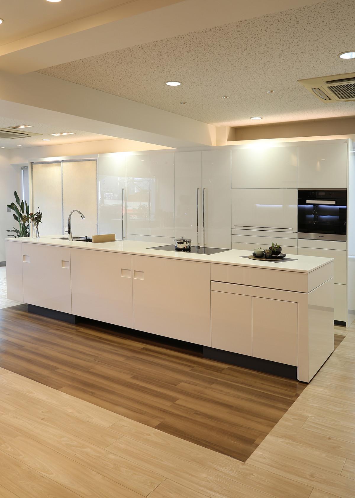 l japonism kahki. Black Bedroom Furniture Sets. Home Design Ideas